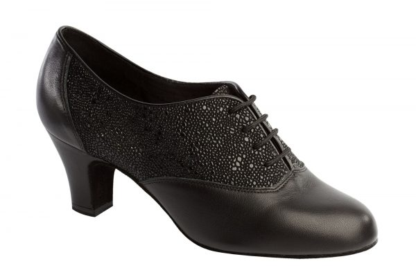 1227 Ladies Practice Shoe